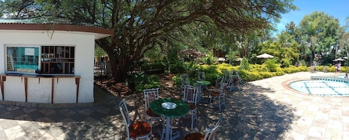 St. Johns Manor, Kisumu Central