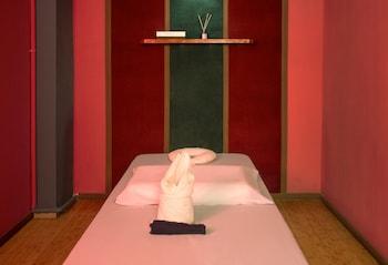 APPLETON HOTEL Massage