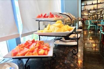 APPLETON HOTEL Breakfast buffet