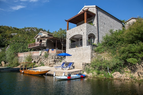 Paradise House Skadar Lake,