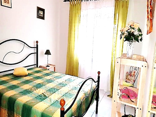 Apartment With one Bedroom in Quarteira, With Balcony - 400 m From the, Loulé