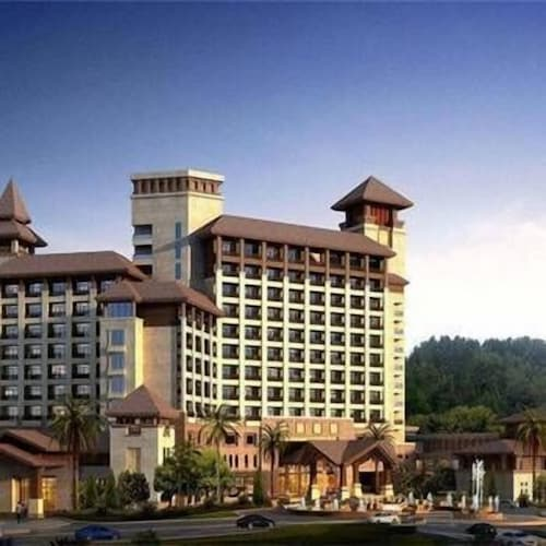 Guangdong Deer Lake Spa Holiday Hotel, Meizhou