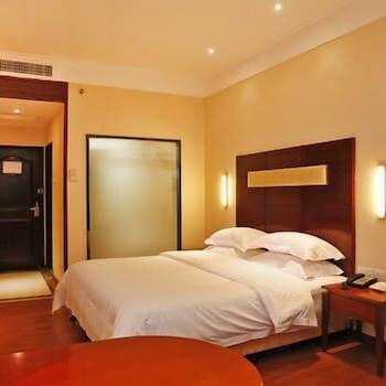 City Comfort Inn