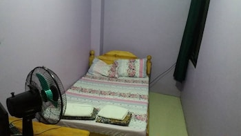 YANG'S HOME STAY Room