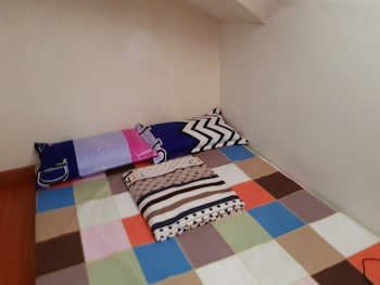 UNIT 5 4BR WANAY TRANSIENT Room