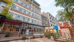 Yangshuo 9 Time Hotel