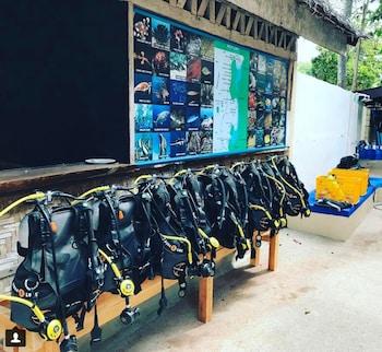 NEPTUNE DIVING RESORT MOALBOAL Equipment Storage