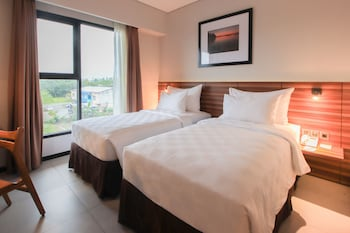 Superior Twin Room, 2 Bedrooms, City View