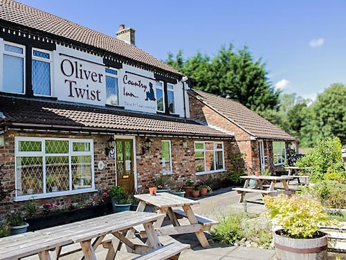 . Oliver Twist Country Inn