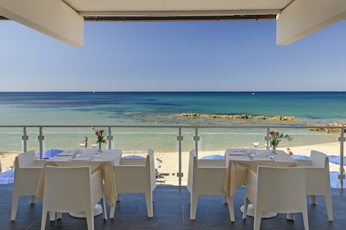 . Hotel La Playa