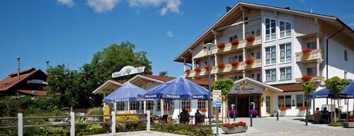 __{offers.Best_flights}__ Hotel Kurpark