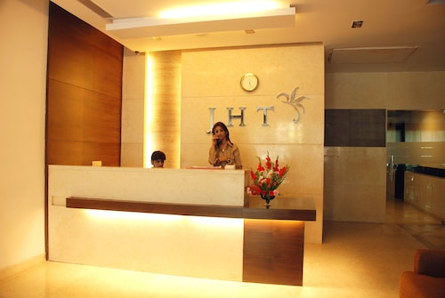 JHT Hotel, West