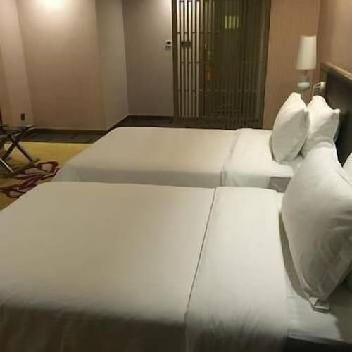 Vienna Hotel, Shenzhen