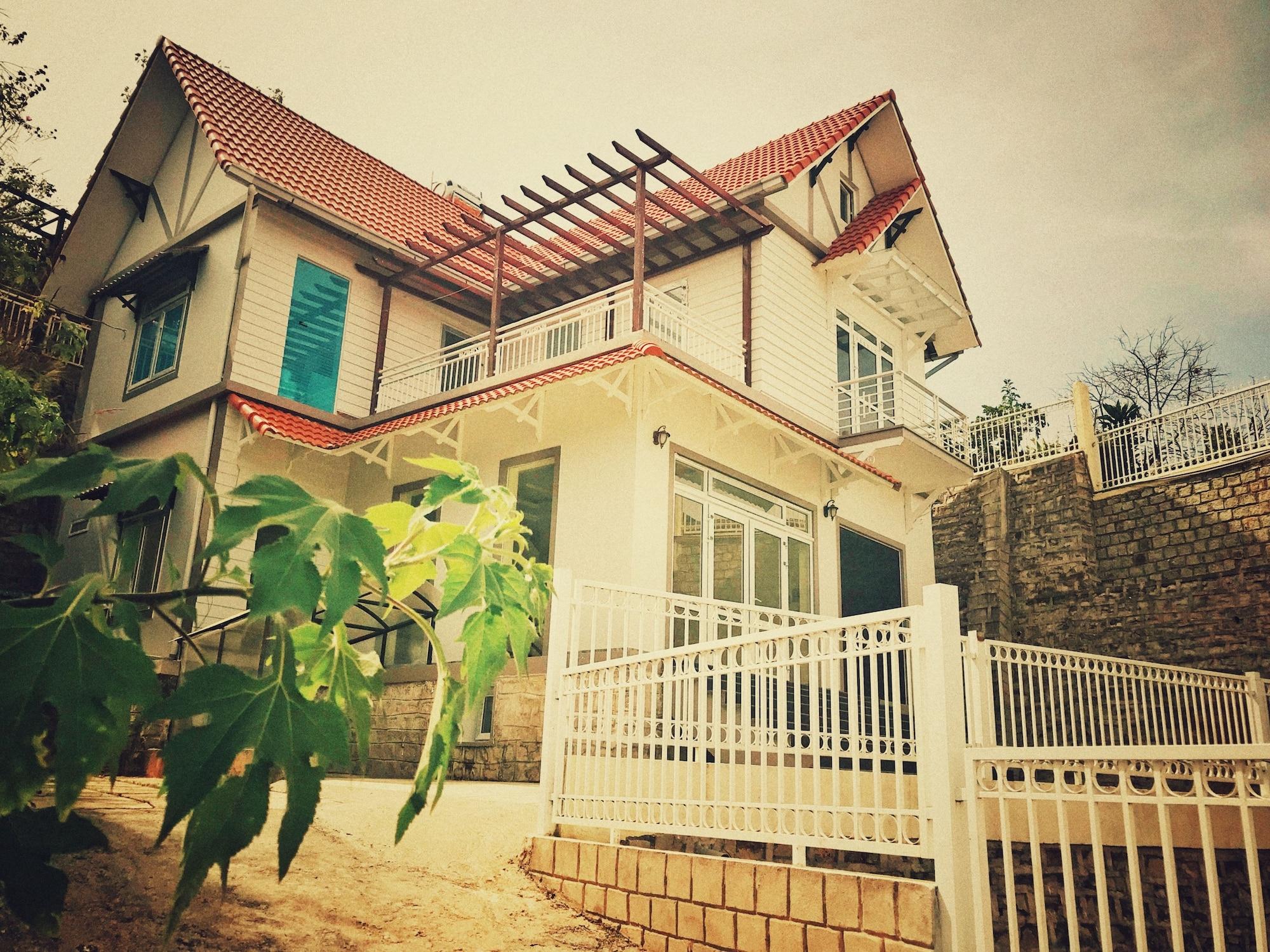 LeuLeu Mountain View Villa & Camping, Đà Lạt