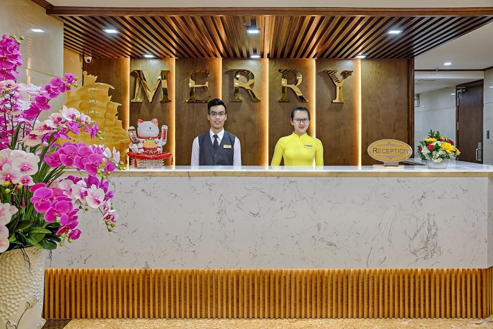 メリー ホテル (迈瑞酒店)