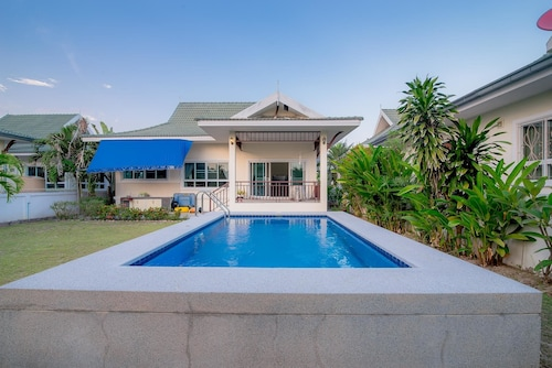 Baan Ozone Pool Villa, Hua Hin