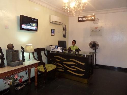 Adna Hotel, Kosofe