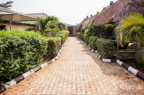 Exclusive Relaxation Place & Bar, Ikorodu