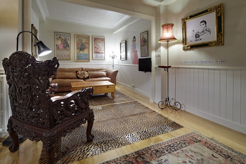 . San Fermín Apartment by FeelFree Rentals