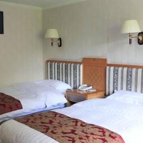 Dali Yilong Binhai Hotel, Ngawa Tibetan and Qiang