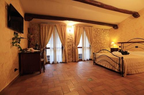 . Hotel L'Aquila