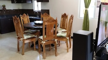 RAMYER TRANSIENT HOUSE 1 - TAGBILARAN In-Room Dining