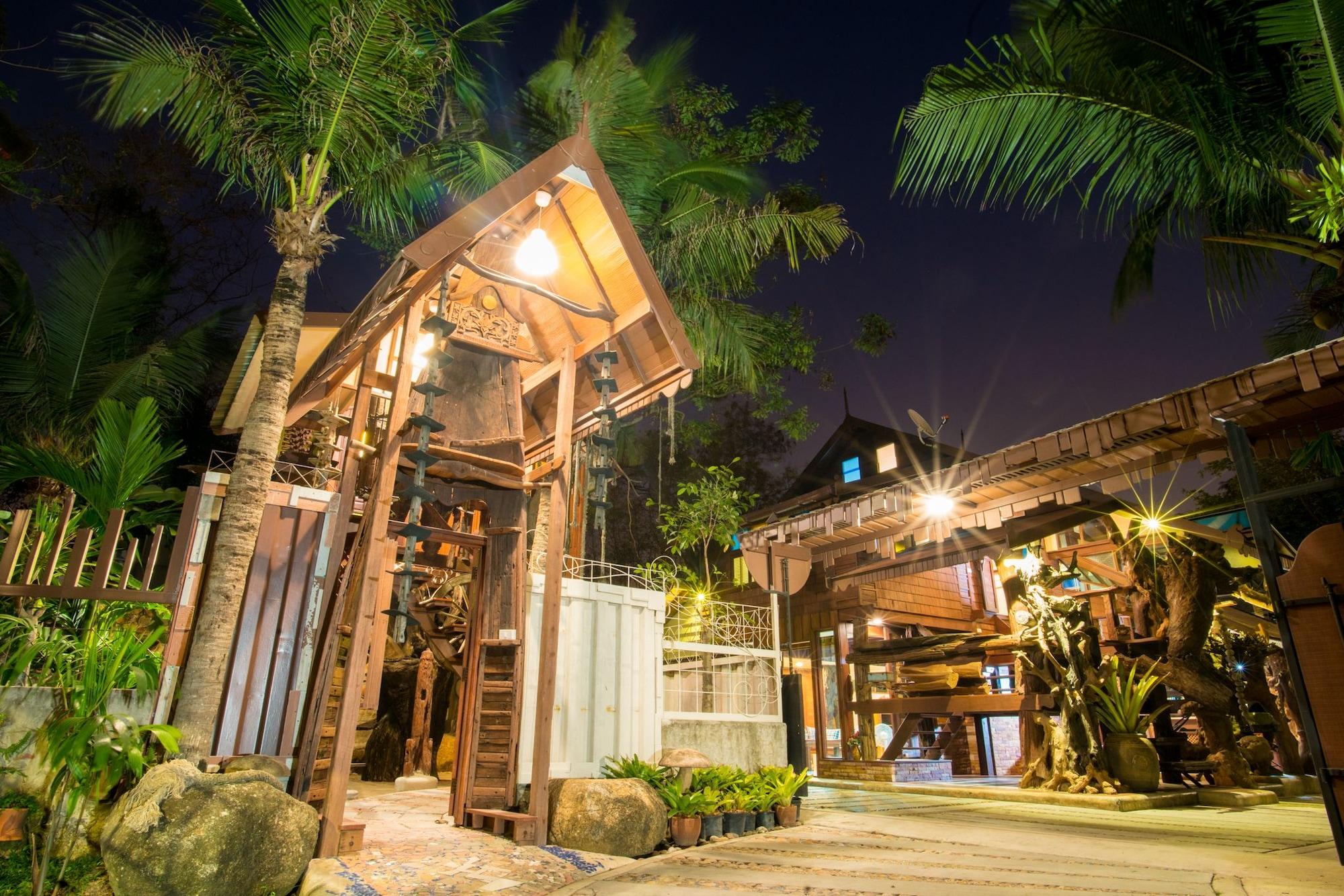 Suankaew Art Cottage, Si Racha