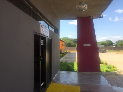 Kings Palace Guest House, Palapye