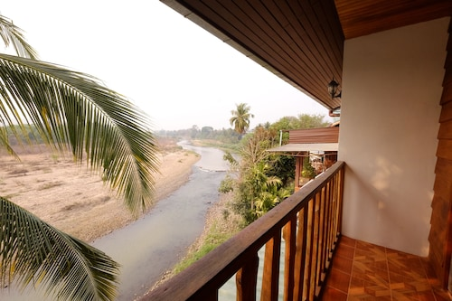 The Good View Guesthouse, Mae Sariang
