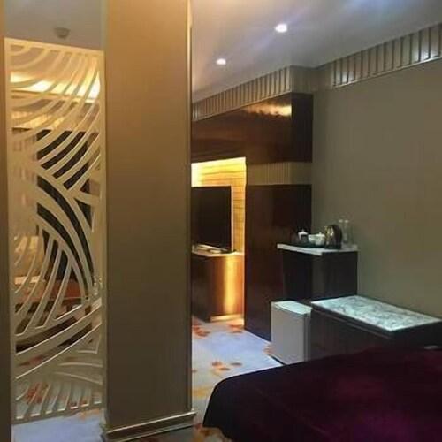 Cuifeng Hotel, Qujing