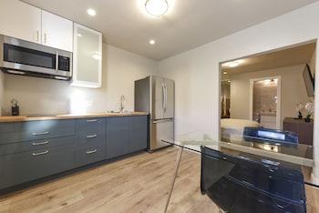 VIP Modern Suite