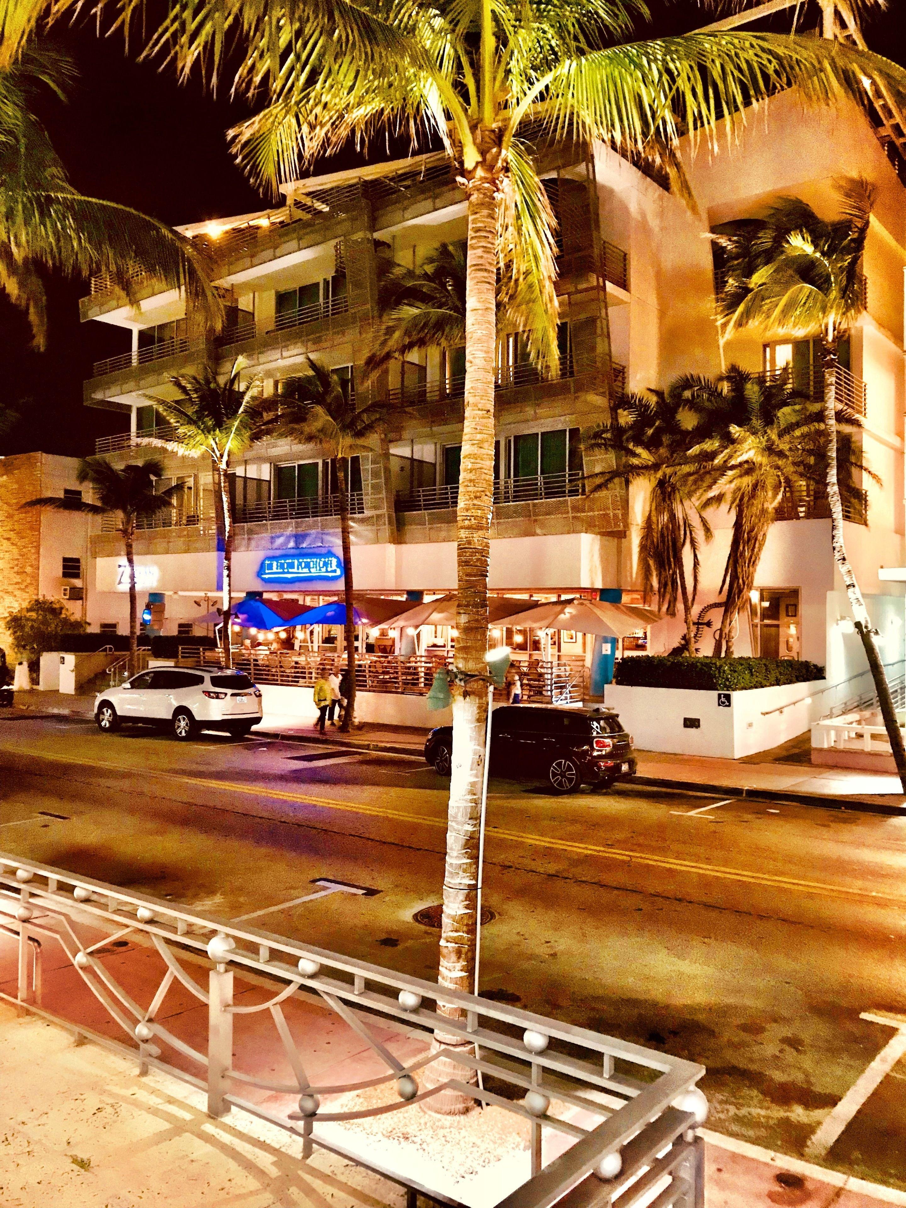 De Soleil Hotel On Ocean Drive