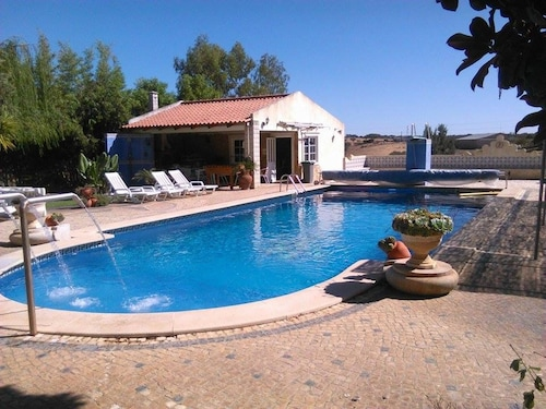 House With 2 Bedrooms in Ourique, With Wonderful Lake View, Pool Acces, Ourique