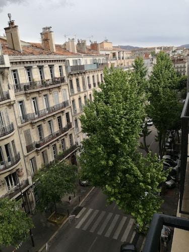 Grand appartement haussmannien, Bouches-du-Rhône