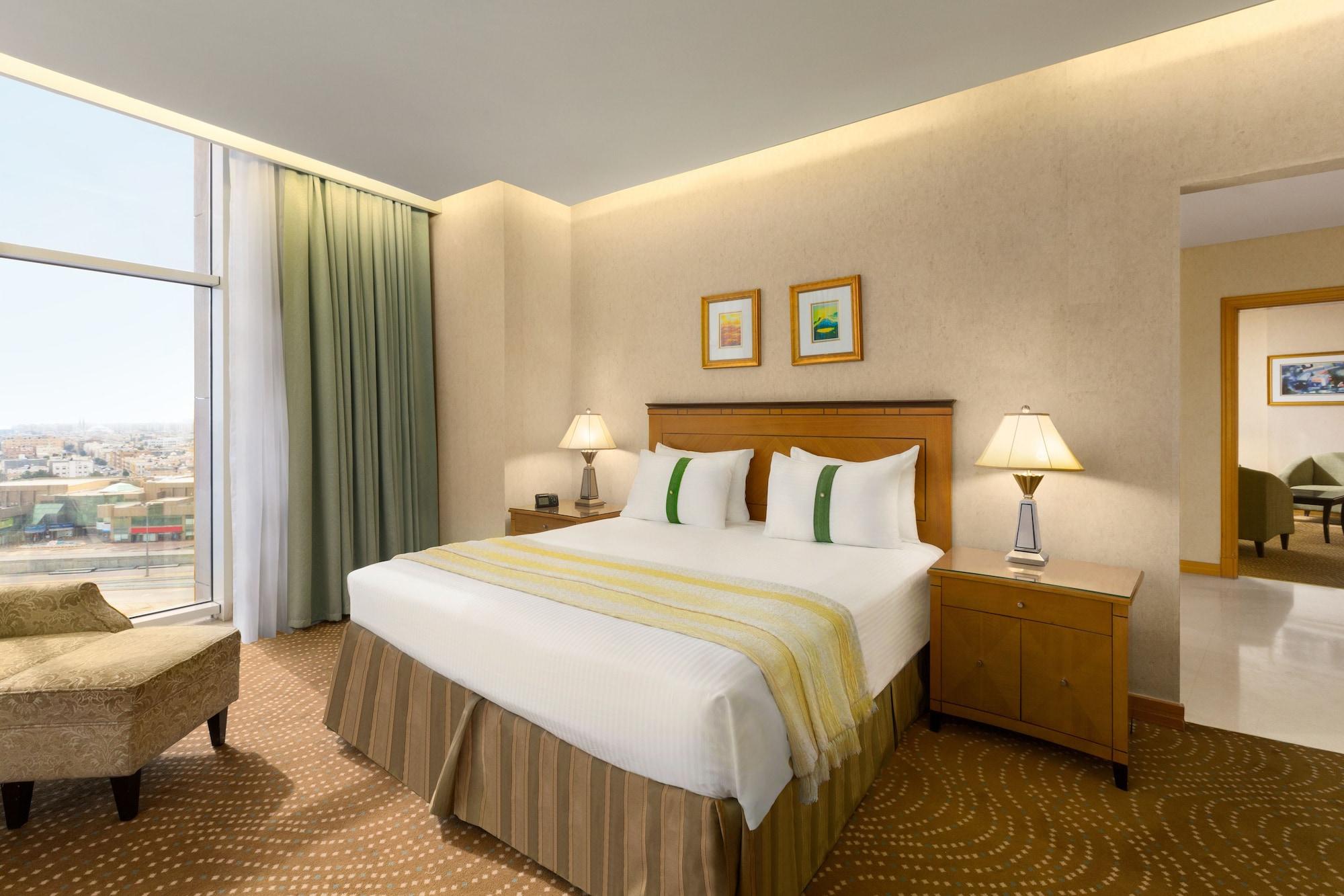 Ramada by Wyndham Al Khobar King Abdullah Street Hotel Al