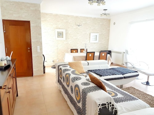 House With 3 Bedrooms in Charneca de Caparica, With Enclosed Garden an, Almada