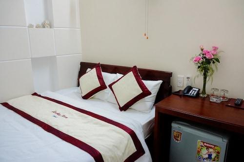 Lucky Star hotel, Hải Châu