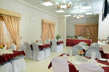 Rose Garden Hotel Apartments Bur Dubai Book Online Dubai