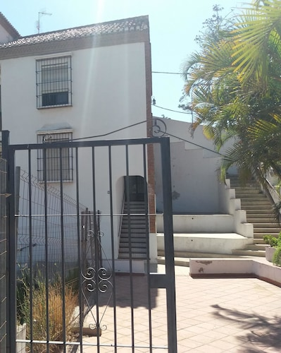 Apartment With one Bedroom in Almuñecar, With Wonderful sea View and E, Granada