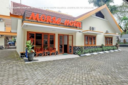 ZEN Rooms near Stasiun Kota Baru, Malang