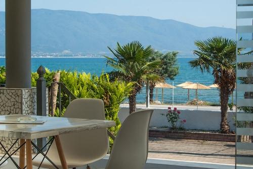 . Calma Beach Hotel