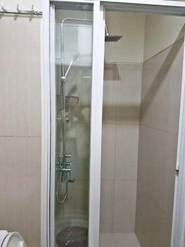 JERICHO'S PLACE AT SEA RESIDENCES Bathroom