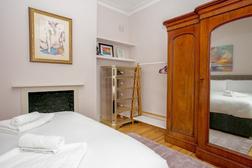 1 Bedroom Flat In Putney, Richmond upon Thames