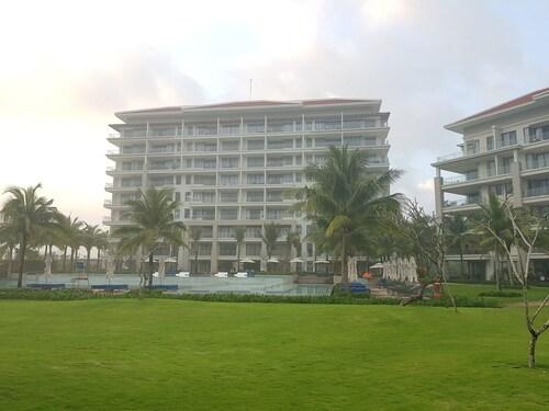 Sea View Apartment Danang Living, Ngũ Hành Sơn