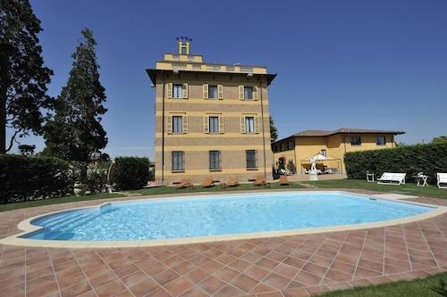 Hotel Villa Liberty, Alessandria
