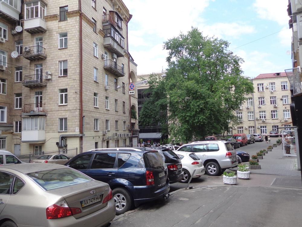 Апартаменты «Бассейная»