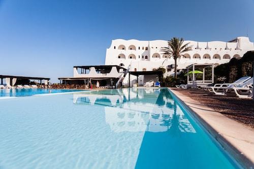 . Mursia Resort & Spa