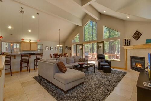 Lake Alice at Tahoe - Three Bedroom Home, El Dorado