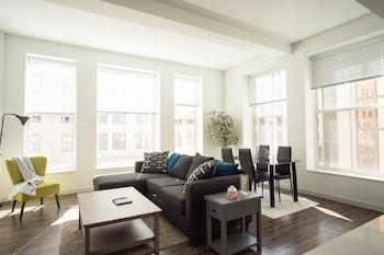 Downtown 2BR Apt in Historic Building