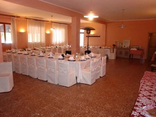 Pineta Country House, Macerata